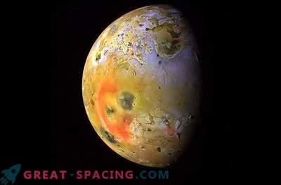 Eld och is: Jupiter månar som har ett hav