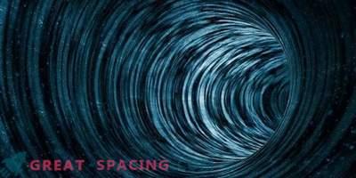 Kan jag resa i rymd och tid genom ett maskhål