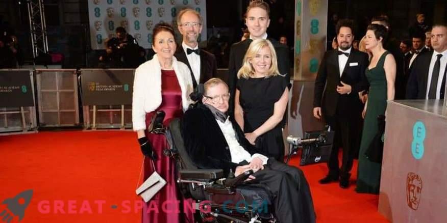 Stephen Hawking's eerste vrouw protesteert tegen onnauwkeurigheden in de biopic