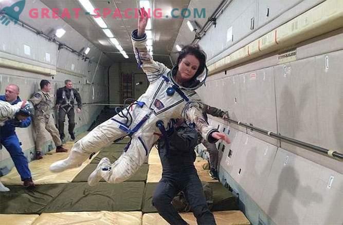 Sarah Brightman kommer inte att flyga till ISS.