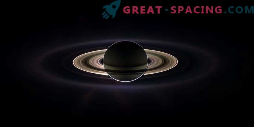 Saturn strålningsband