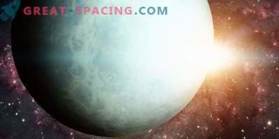 Solens inverkan på förändringen i Uranus ljusstyrka