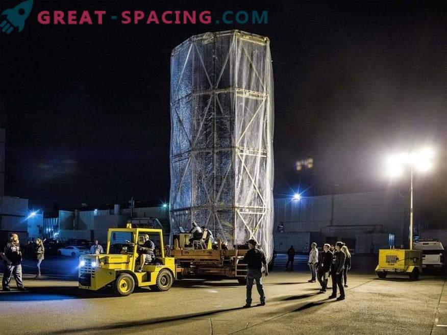 Telescope av James Webb i ett mobilt sterilt rum