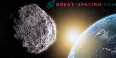 On April 19, an asteroid sweeps past the Earth.